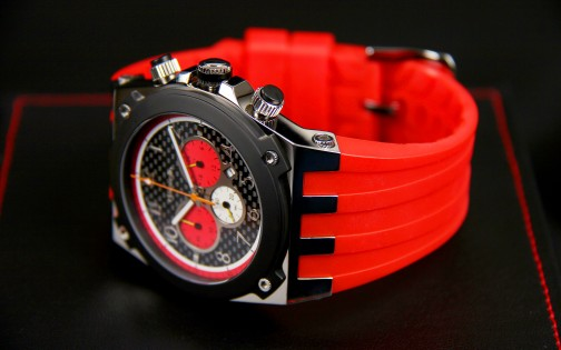 MARANELLO V8 QUARTZ CHRONOGRAPH RED