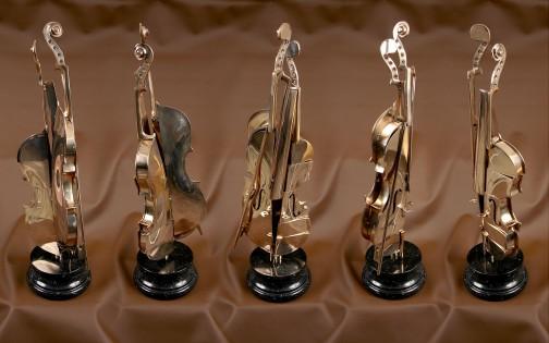 "Sculpture ""violon"" d'Arman"